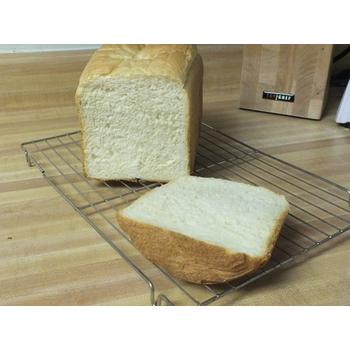 Plain white bread made with West Bend Dual-Blade Breadmaker